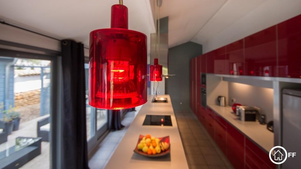 L'IMMOBILIER OFF - Maison architecte a vendre Villefranche sur S