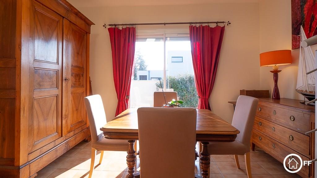 L'IMMOBILIER OFF - Grande maison à vendre Genas Vurey