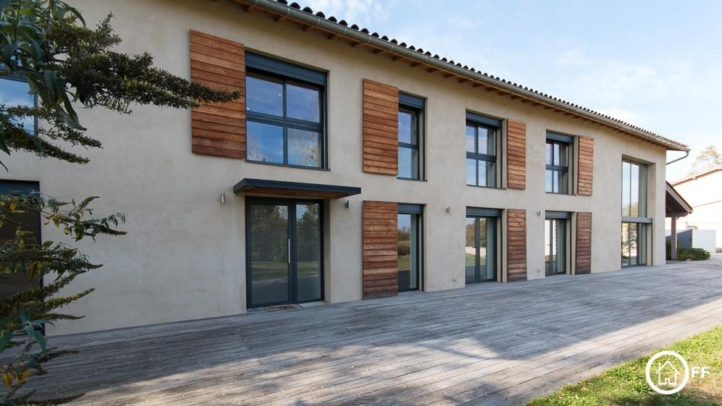 L'IMMOBILIER OFF - Maison d'architecte à vendre Toussieu