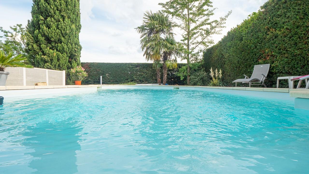 L'immobilier OFF - Maison avec piscine à vendre Genas Azieu